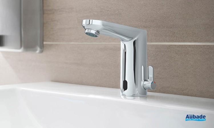 Mitigeur lavabo infrarouge Eurosmart Cosmopolitan E Chromé ambiance 1