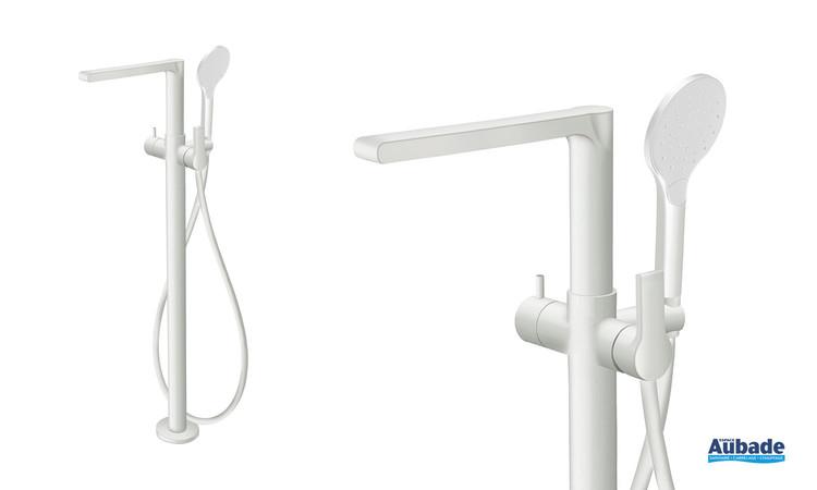Mitigeur bain/douche sur pied époxy Delta coloris Blanc mat de la marque Cristina
