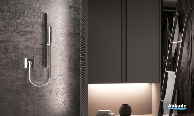 Mitigeur douche mural encastré Néo avec ensemble barre et douchette finition chromé par Horus