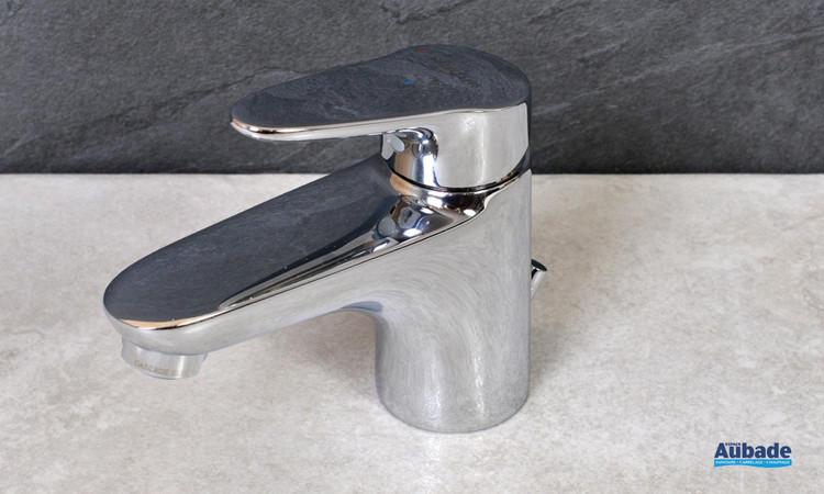 Robinet mitigeur bas Clivia coloris chromé pour lavabo et vasque de la marque Vigour