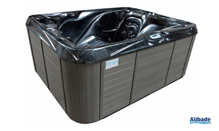 Spa Sicile Lux de Bespa pour 2 personnes avec couverture de protection isothermique