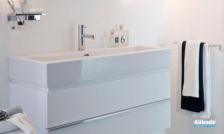 Vasque longue sur meuble