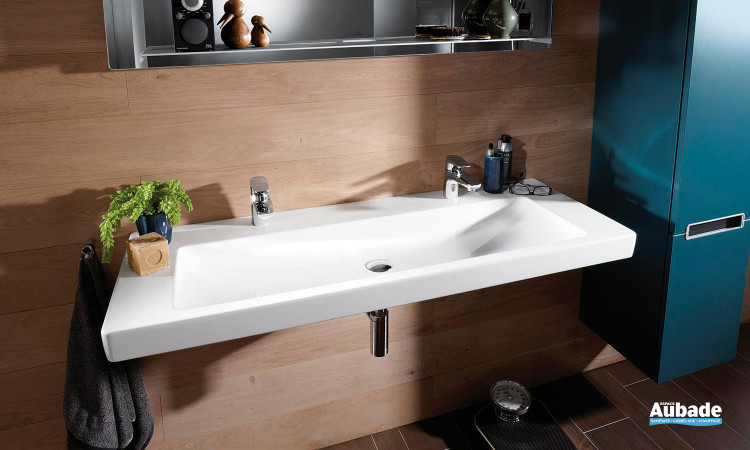 plan de toilette angulaire disponible en deux versions Villeroy & Boch Subway 2.0