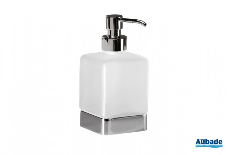 Accessoire salle de bains distributeur de savon à poser Cubo coloris chromé et verre satiné de la marque Inda