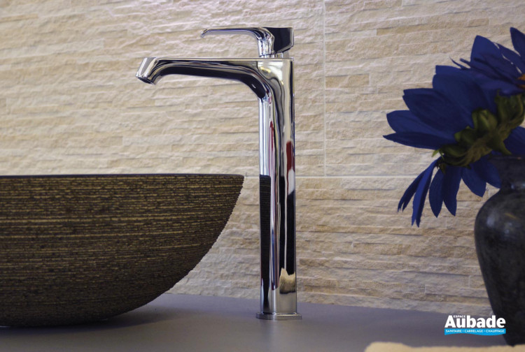 Mitigeur lavabo rehaussé Zohé finition chromée de Paini France