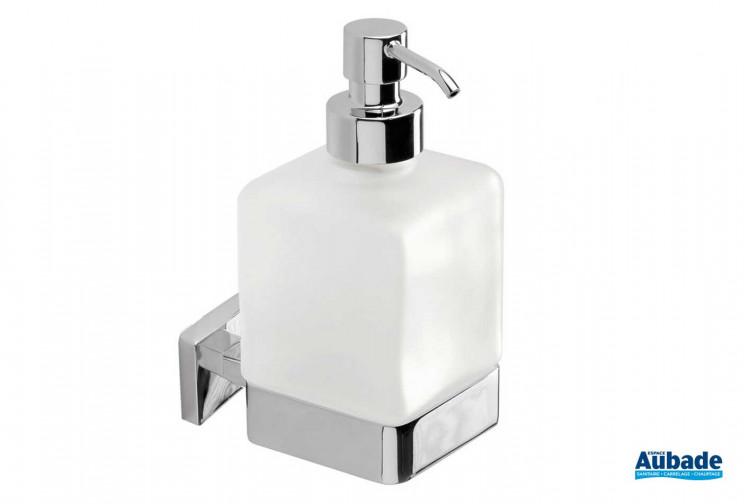 Accessoire de salle de bains distributeur de savon à fixer Cubo finition chromée de la marque Inda