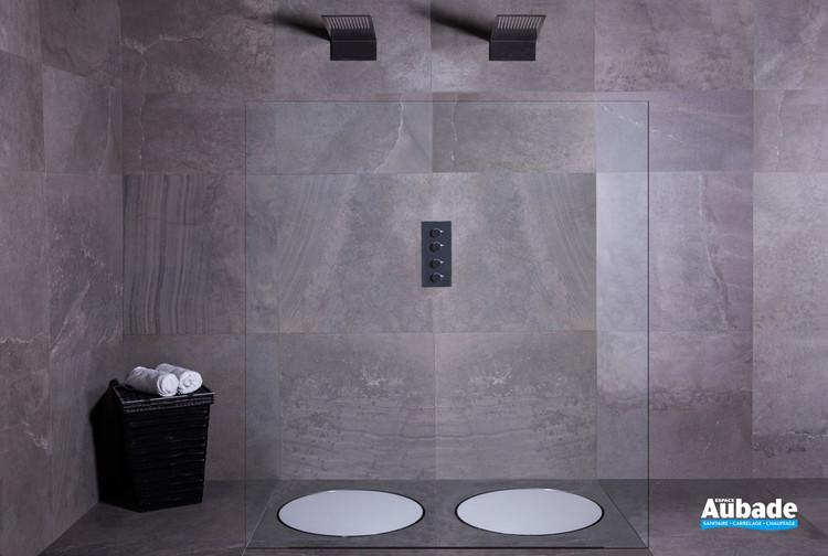 Bonde ronde et design Dot de ESS pour la douche à l'italienne