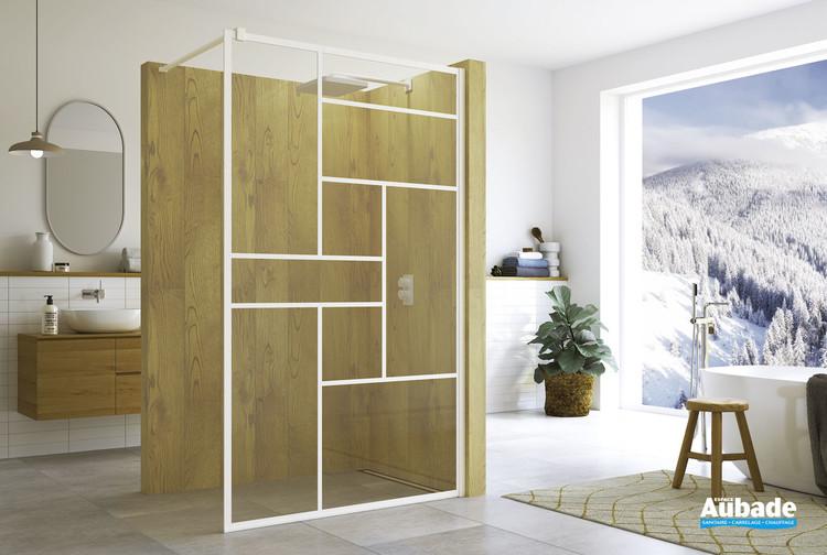 Paroi de douche fixe Loft 73 coloris blanc mat par SanSwiss