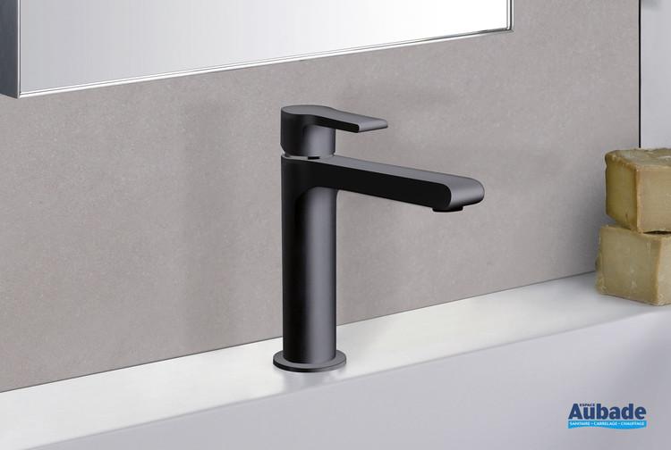 Robinet mitigeur large Delta pour lavabo et vasque coloris époxy noir mat par Cristina