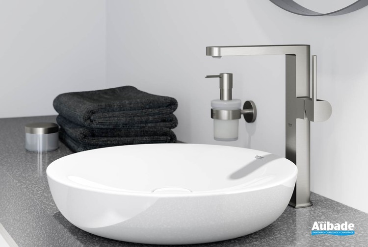 Mitigeur lavabo taille XL corps lisse Plus Grohe