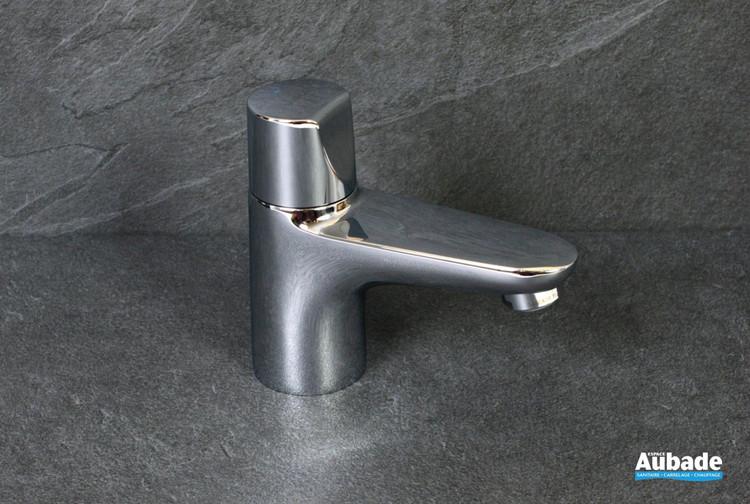 Robinet bas eau froide Clivia coloris chromé par Vigour pour lave-mains