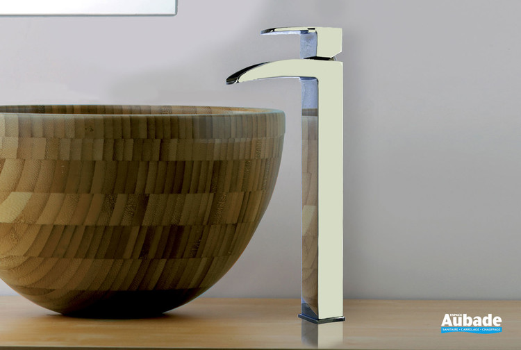Mitigeur de lavabo et vasque rehaussé Lothus de la marque Paini France