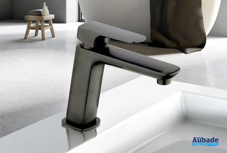 Mitigeur lavabo medium New-York en PVD noir brossé de la marque Paini France