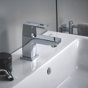 Robinet de lave-mains Taille XS Eurocube Chromé de Grohe