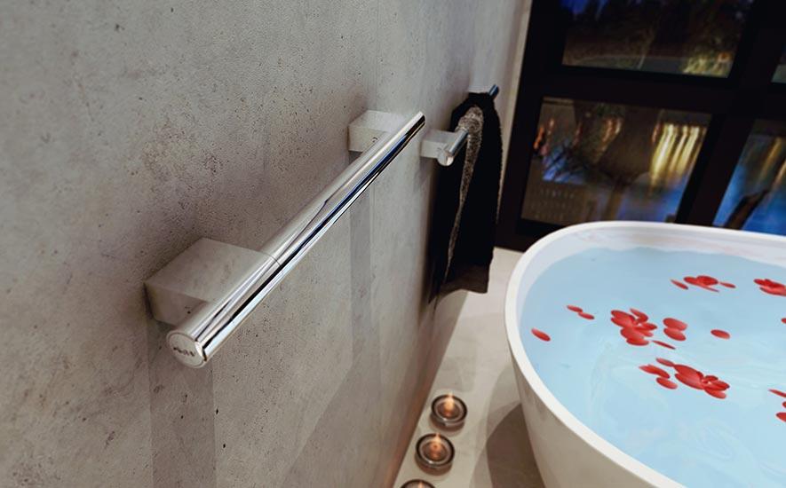 Rubrique salle de bains aide à la mobilité réduite baignoire pmr