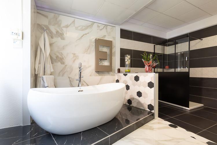 Magasin salle de bains & carrelage à Paris 08